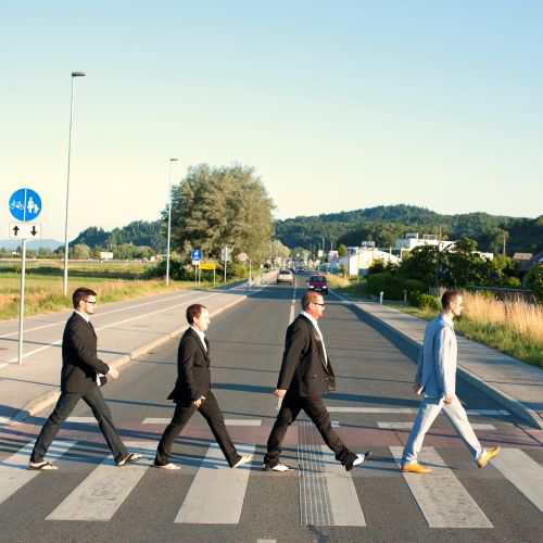 Poigravanje z naslovnico albuma Abbey Road The Beatlov.